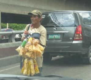 selger på motorveien (2)