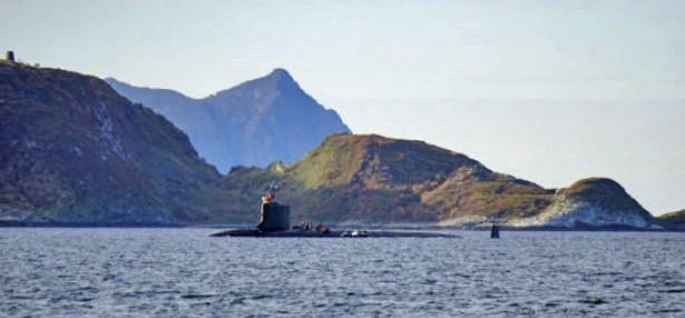 atomubåt utenfor Tromsø