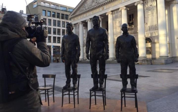 Screen Shot skulptur